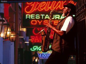 new-orleans-bourbon-street-sax